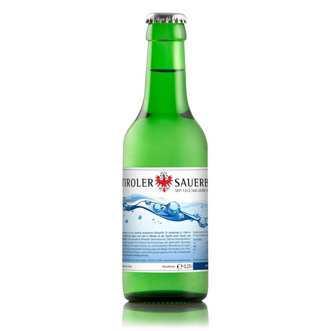 Produktfotografie von Wasserflaschen - Produktfotografie. Produkte für Onlineshop Fotografieren